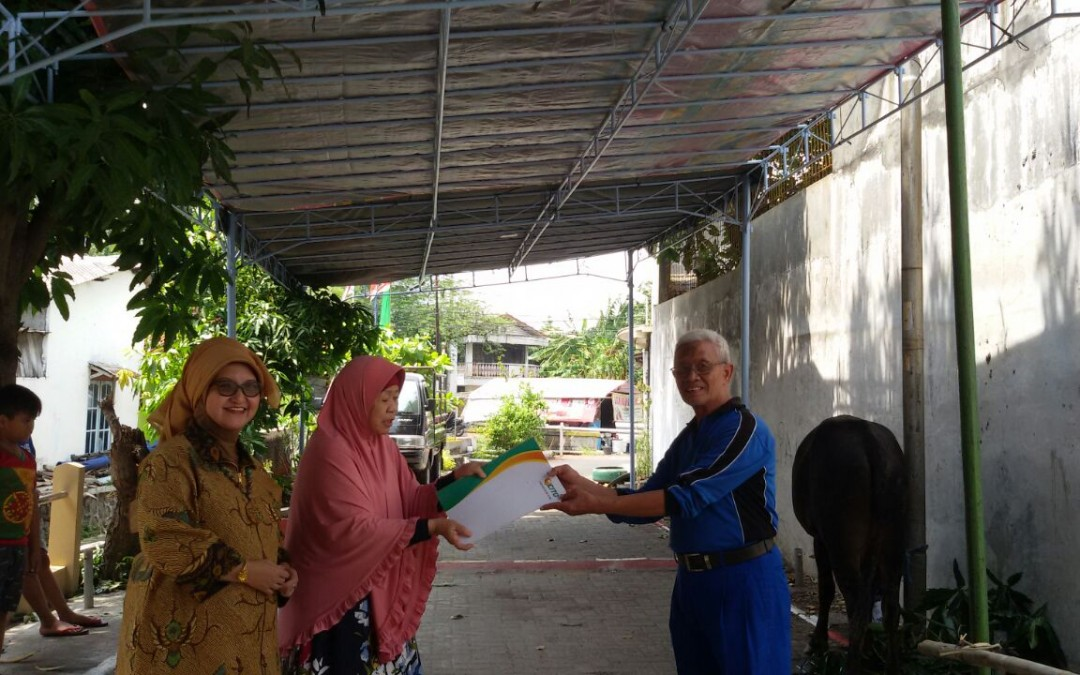 Penyerahan 1 ekor sapi kurban di Masjid Al Anam Semarang